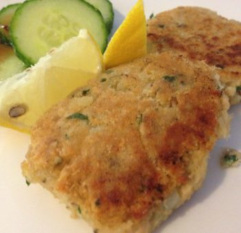 Kid Friendly Salmon Cakes – Perfect for School Lunch Boxes