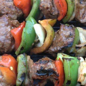Meal on a Stick: Beef & Vegetable Skewers with Honey & Garlic Sauce
