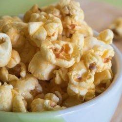 THREE Ingredient Clean Eating Caramel Corn