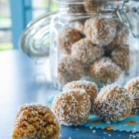 No Bake – 100% Raw – 5 minutes to make – Nutty Oat Bites