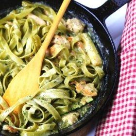 Quick and Easy Creamy Pesto, Chicken & Zucchini Fettuccine