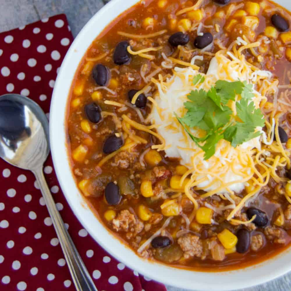 8 Healthy and Hearty Fall Soup Recipes that are easy to make and the whole family will love!