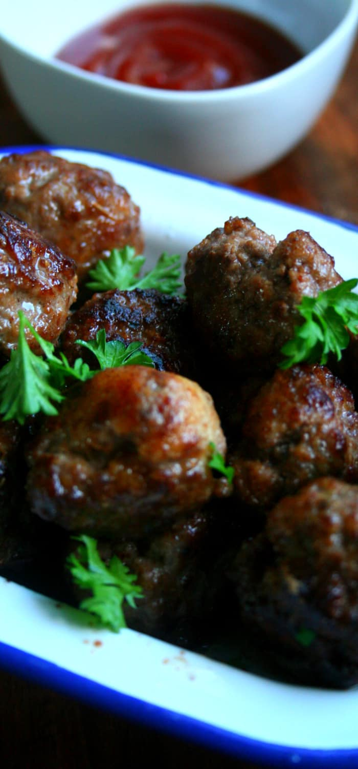 Clean Eating Mini Meatballs. An all time classic that can makes regular budget beef mince a little bit fancy!