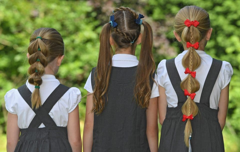 Easy School morning hairstyles for busy school mornings.