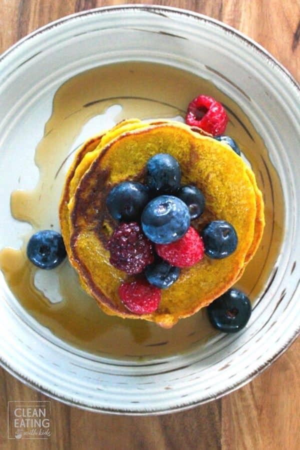 Clean Eating Pumpkin Pancakes 8