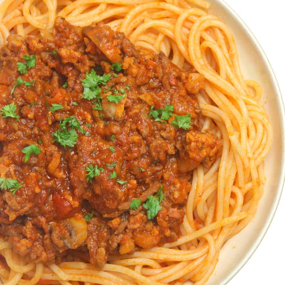 Clean Eating Spaghetti Bolognese (The Cheat Version for Busy Moms)