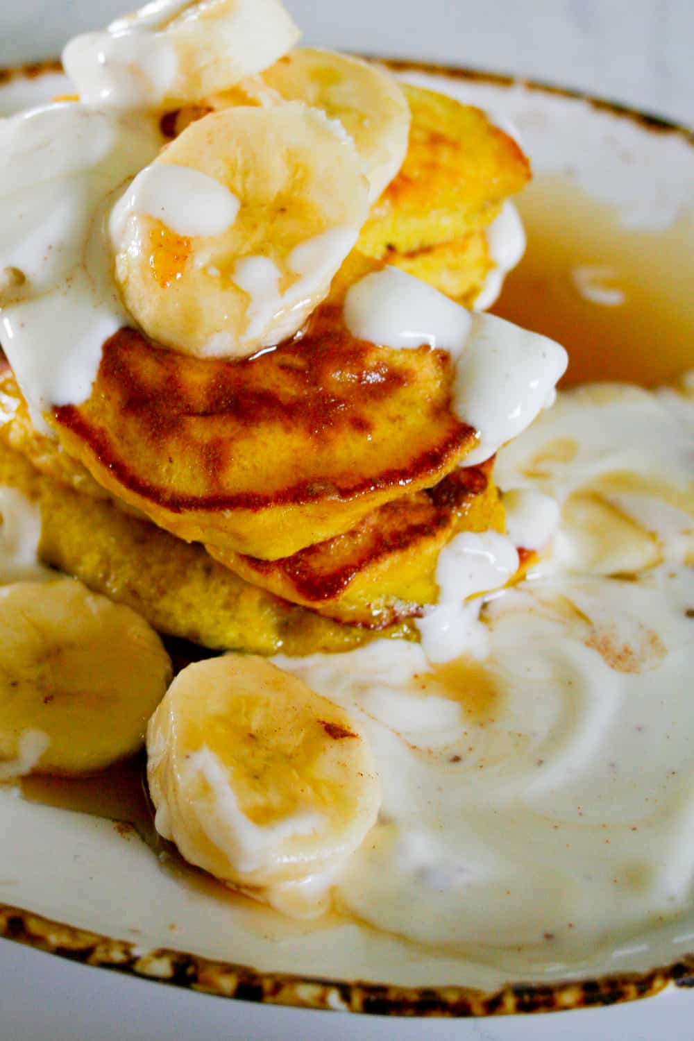Three ingredient clean eating banana pancakes these clean eating three ingredient banana pancakes are quick and easy to make dairy free ccuart Images