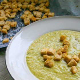 Clean Eating Broccoli & Leek Soup (with oven roasted crunchy garlic & herb croutons)