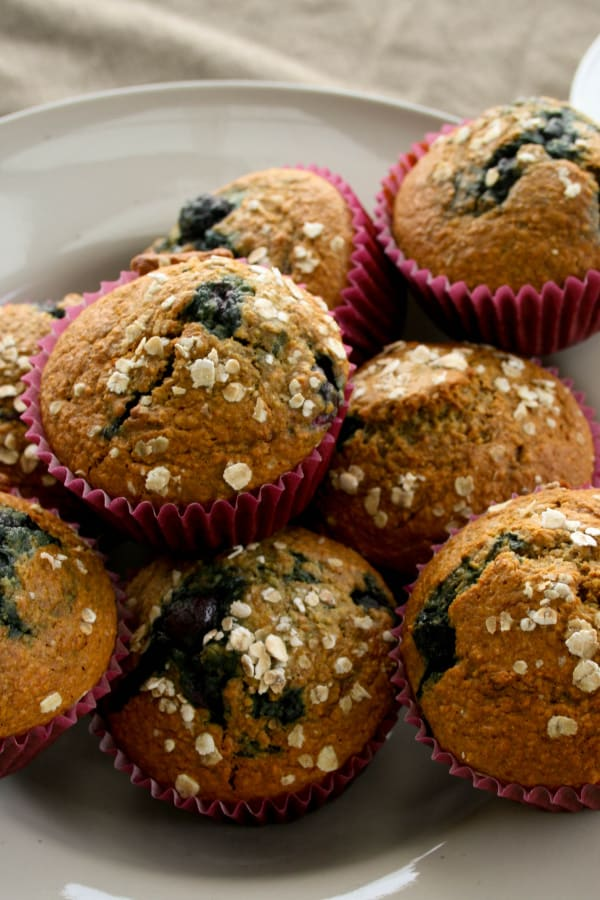 healthy oat bran blueberry muffins