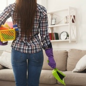 Do these 5 things every day to keep your house clean and clutter free - even when you have kids and pets!