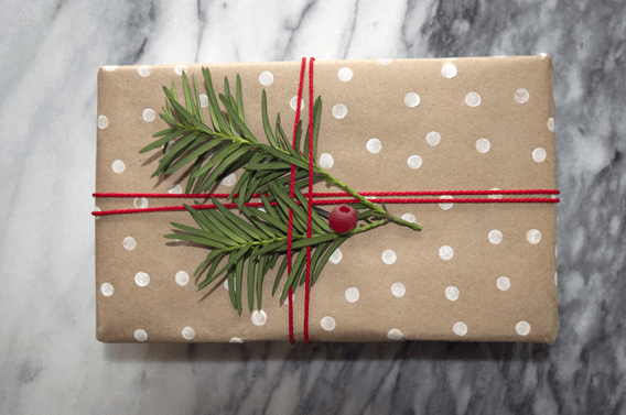 16 stunning gift wrapping hacks on how to make instant gift bags and beautifully wrapped Christmas gifts in minutes, using a few free and re-cycled materials you might already have at home