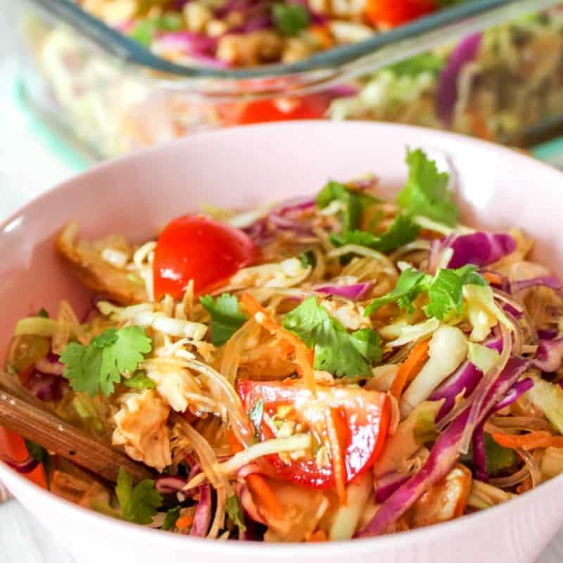 {15 Minute Dinner} Thai Chicken & Veggie Noodles