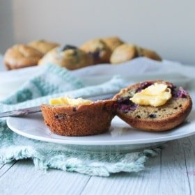 clean eating raspberry and macadamia muffins