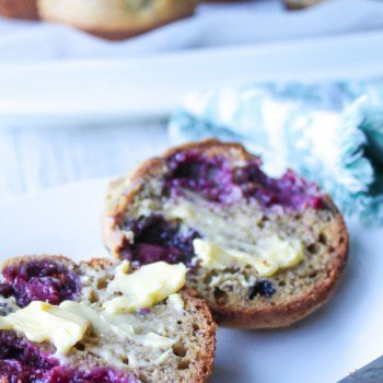 clean Eating Raspberry Muffins