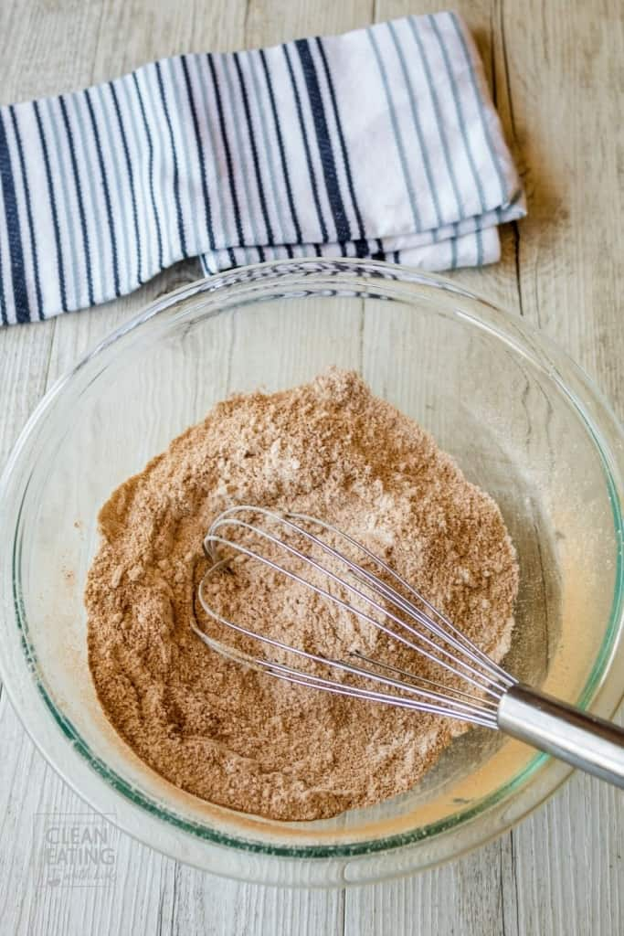 Clean Eating gingerbread muffins - dry mix