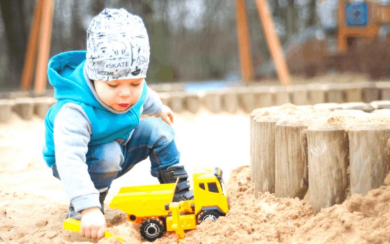 backyard-play-space