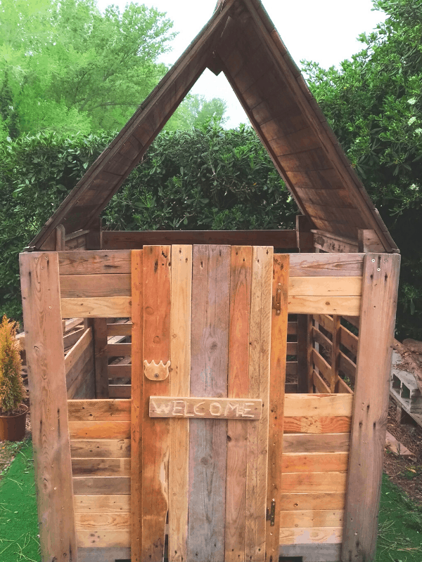 pallet-play-house
