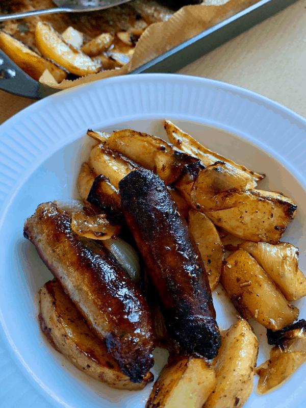 sheet pan sticky sausages